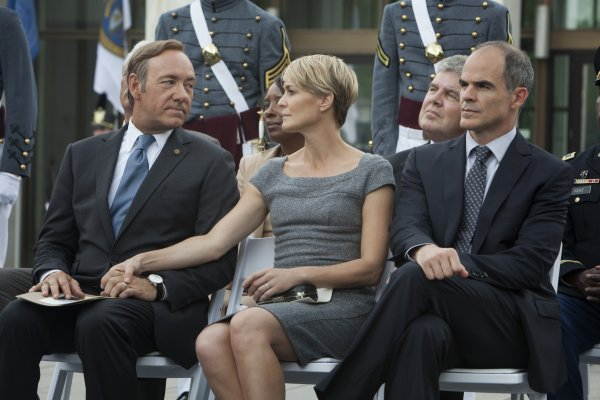 Kevin Spacey, Robin Wright and Michael Kelly in a scene from Season 1 of House of Cards