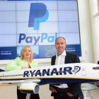 PayPal's Vice President for Global Operations EMEA, Louise Phelan, and Ryanair's Chief Marketing Officer, Kenny Jacobs, launching a new partnership.