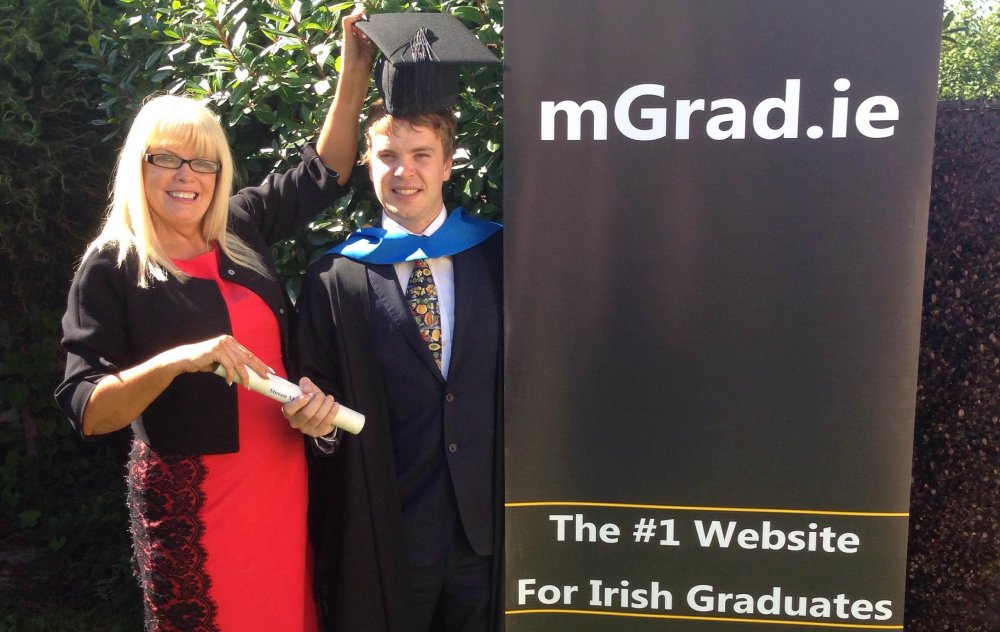 Mary Mitchell O'Connor TD pictured with Luke Ferriter, founder of mGrad.ie, at the launch of the site today