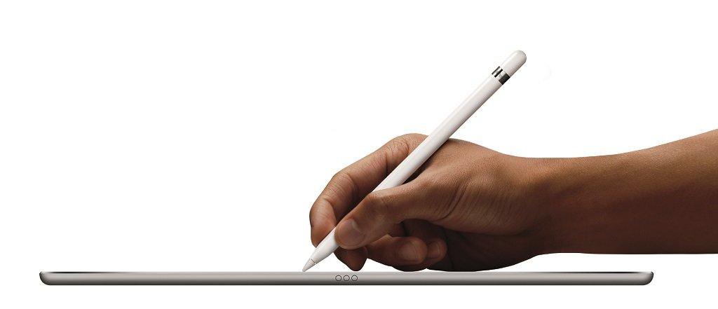 iPadPro_Pencil-Hand2