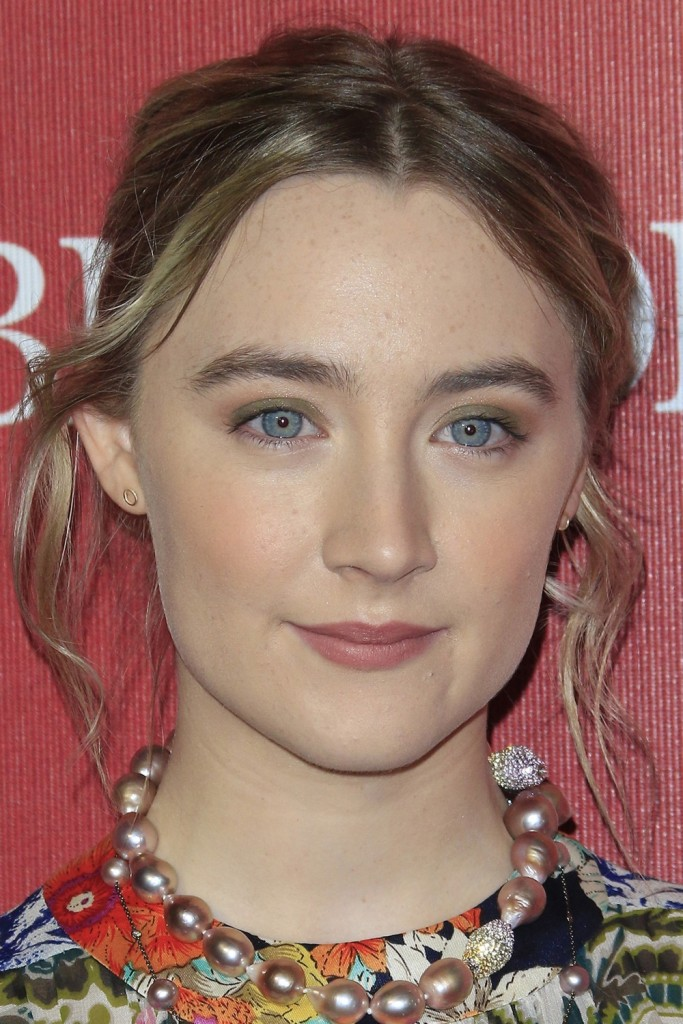 PALM SPRINGS - JAN 2:  Saoirse Ronan at the 27th Palm Springs International Film Festival Gala at the Convention Center on January 2, 2016 in Palm Springs, CA