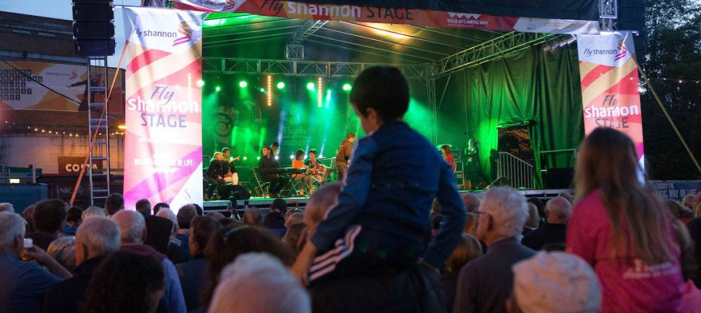 Crowds watch musicians perform at Fléadh Cheoil na hÉireann in Ennis Co Clare. Photo Credit: Eamon Ward